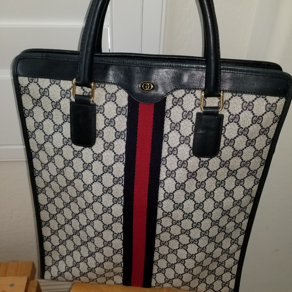 6bb55124610 Gucci Handbags - PRETTY VINTAGE GUCCI WEBBED GG XL TOTE